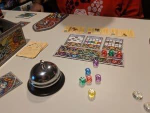 The amazing dice drafting game Sagrada