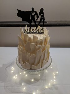 Superman and Wonder Woman on the Fortress of Solitude Wedding Cake