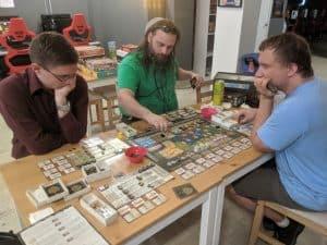 Four player Gentes at EZY Mode.