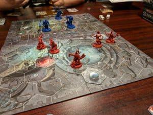 Warhammer Underworlds Shadespire being played.