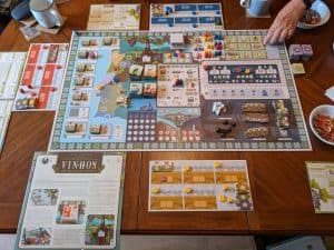 The very start of a three player game of Vinhos Deluxe