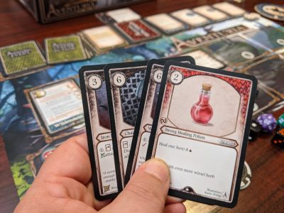 Reward cards can help boost your deck in Aventuria