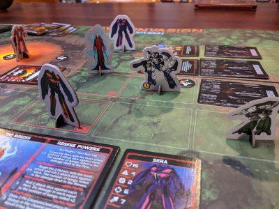 Battling the Invid Regess in Robotech: Invid Invasion